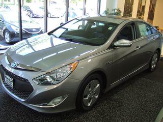 2012 Hyundai Sonata Hybrid; Posh Pile Fits